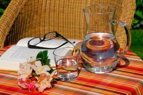 Ein lauschiges Plätzchen zum Relaxen und Innehalten im Garten, Apparthotel Calma in Tscherms bei Meran